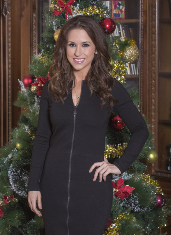 Lacy Chabert Christmas  2020 Lacey Chabert on A Royal Christmas