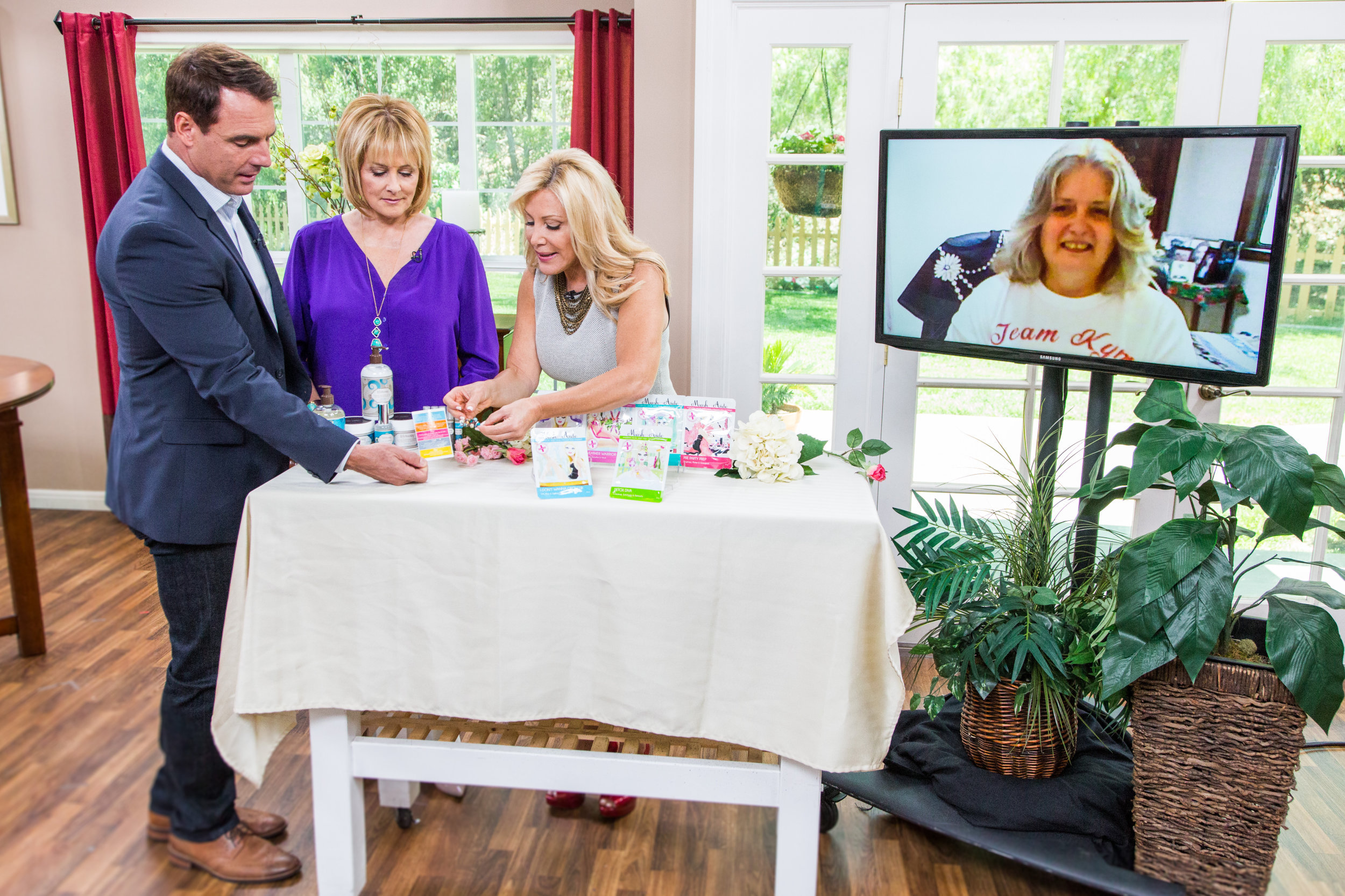 Kim Douglas Beauty Tips - Home & Family - Video