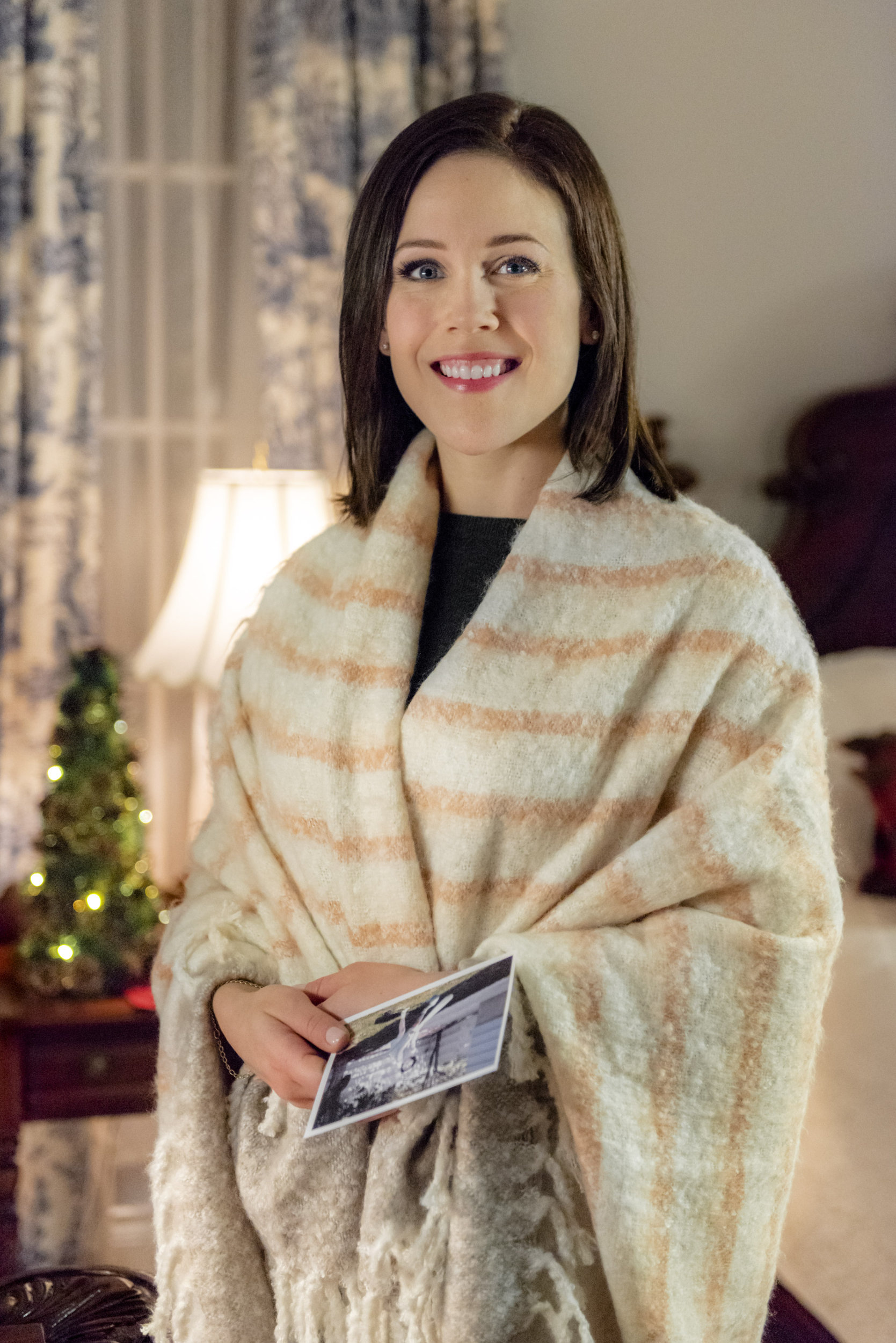 Marrying Father Christmas 2020 Erin Krakow as Miranda on Marrying Father Christmas
