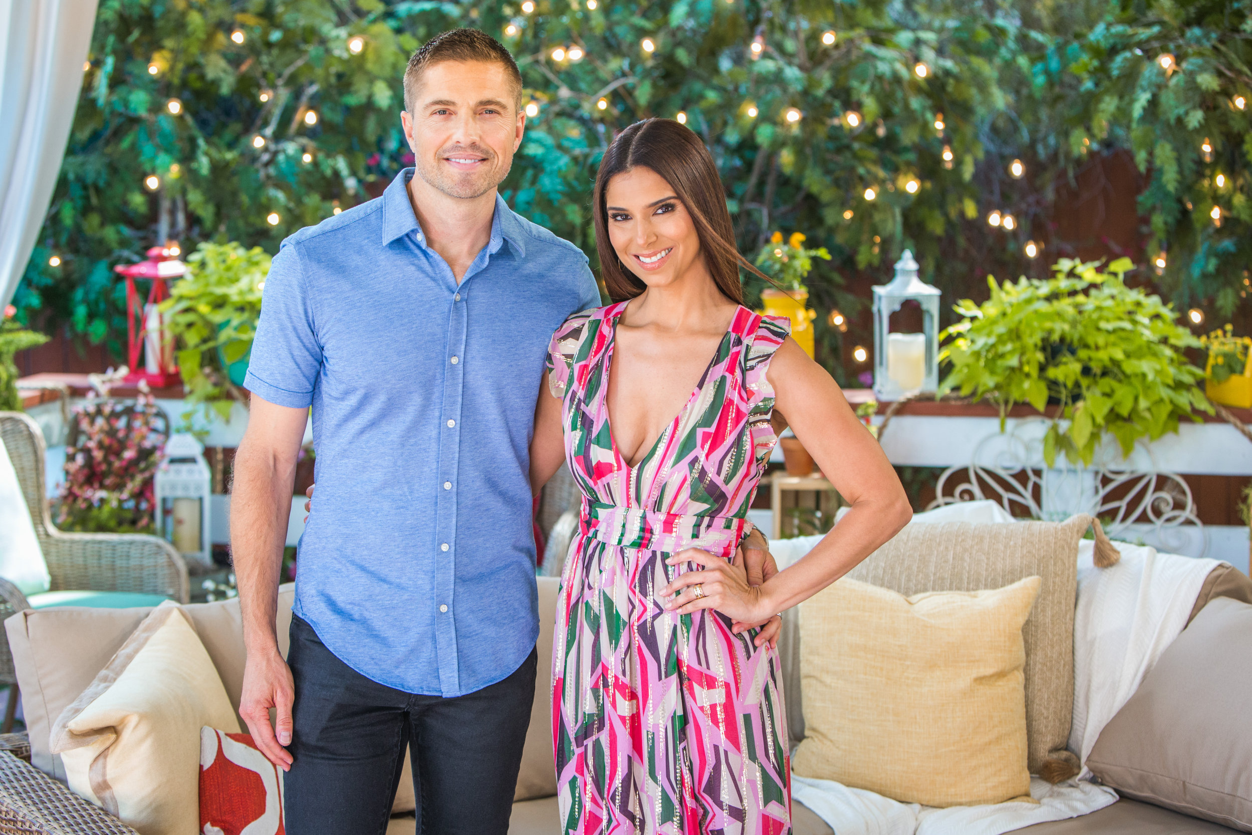 Roselyn Sanchez And Eric Winter Stop By Home Family