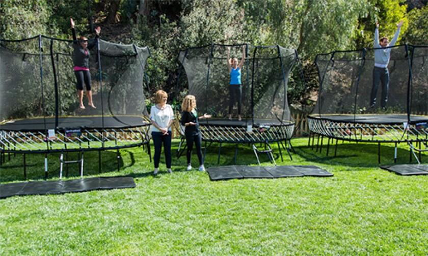 hf-ep2127-segment-springfree-trampoline.jpg