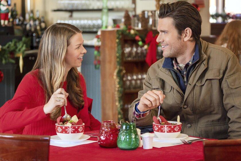 ChristmasScavengerHunt_09315_RT.jpg