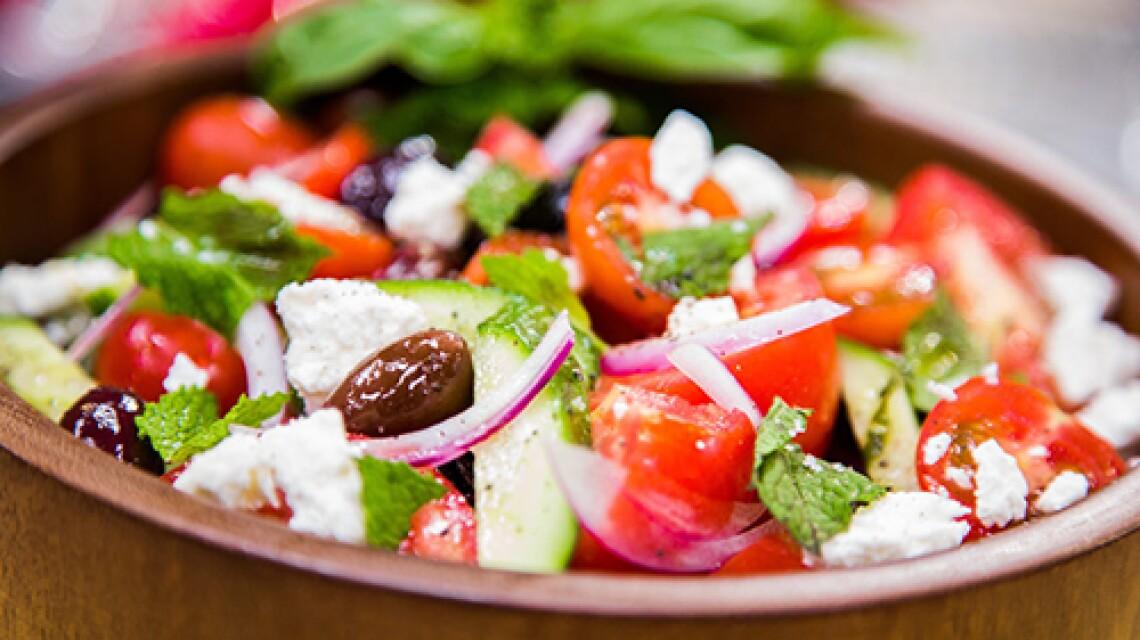 Elizabeth Perkins' Greek Salad