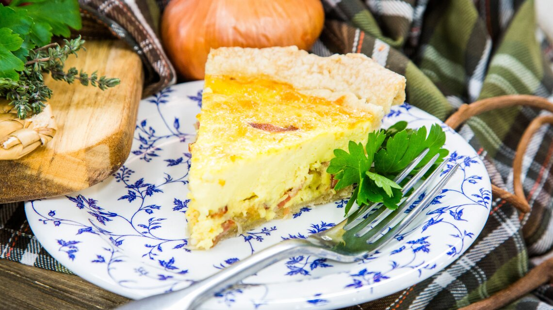 hf7126-product-quiche.jpg
