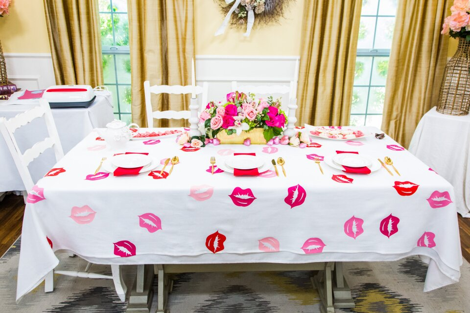 hf7105-product-tablecloth.jpg