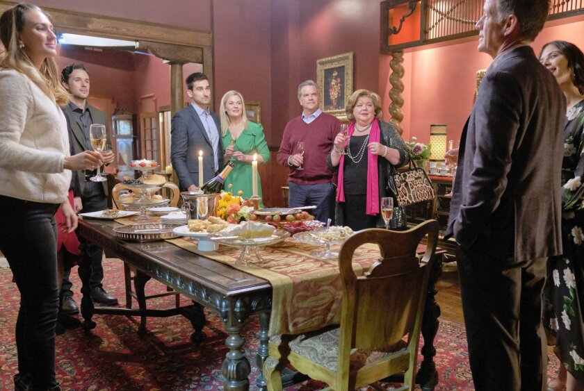 Photos from Good Witch - The Dinner - 4