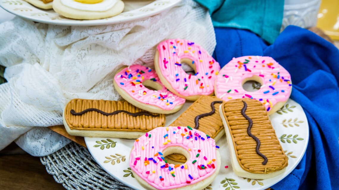 hf7089-product-donuts.jpg