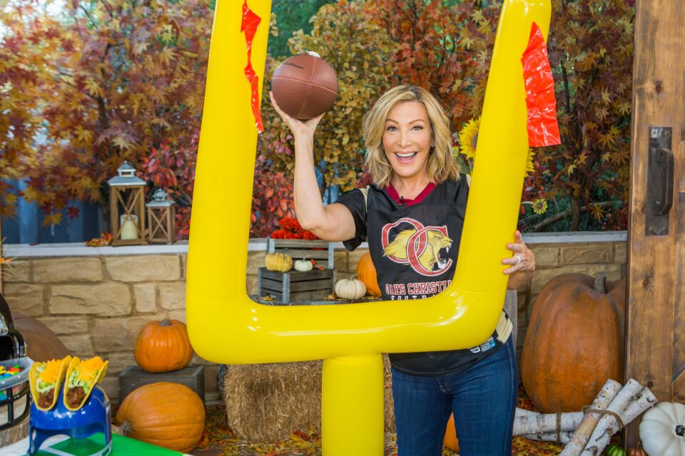 Home and Family 9019 Final Photo Assets