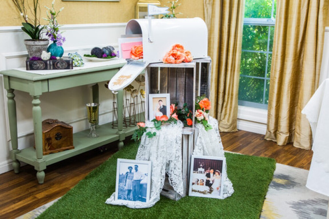 DIY Wedding Mailbox