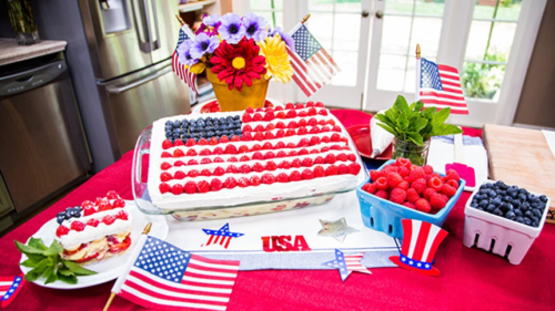 h-f-ep1193-product-red-white-blue-cake.jpg