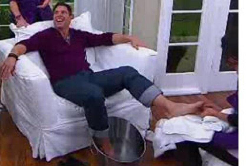 Image: http://images.crownmediadev.com/episodes/Medias/RichText/manpering-segment-Ep044.jpg