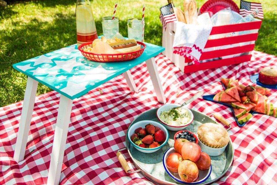 hf4198-product-picnic.jpg