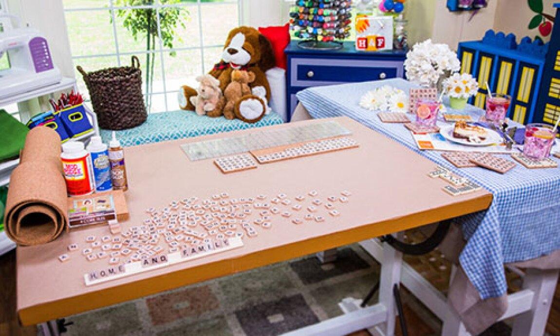 Jessie Jane's DIY Scrabble Coasters & Boardgame Placemat