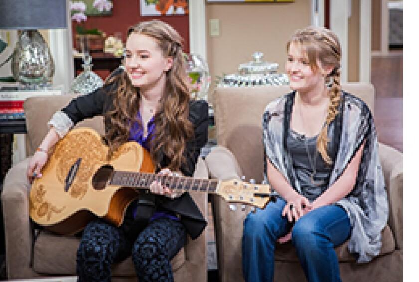 Image: http://images.crownmediadev.com/episodes/Medias/RichText/H&F-Ep1132-Segment-Kaitlyn-Dever.jpg