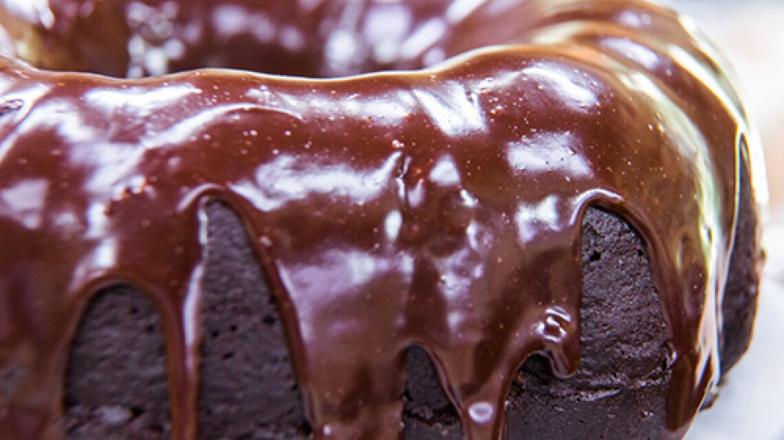 Cristina Cooks: Deep, Dark Chocolate Stout Cake