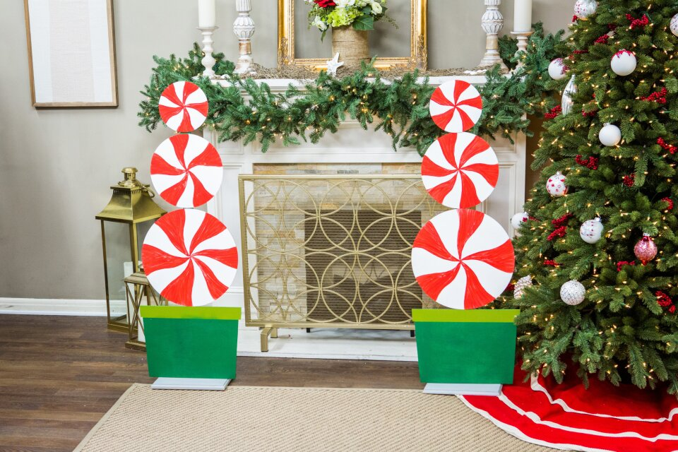 DIY Peppermint Topiary