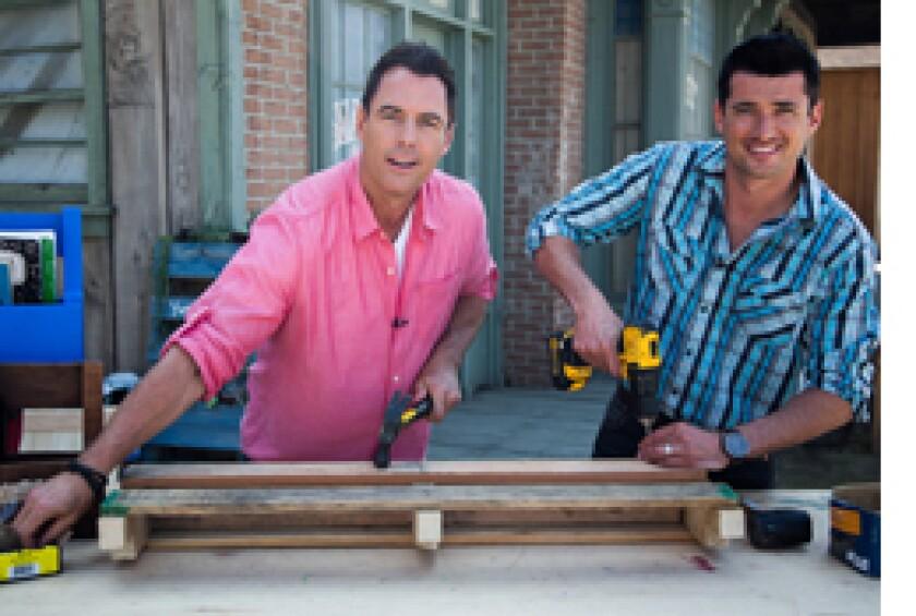 Image: http://images.crownmediadev.com/episodes/Medias/RichText/segment-diy-shelves-ep1118.jpg