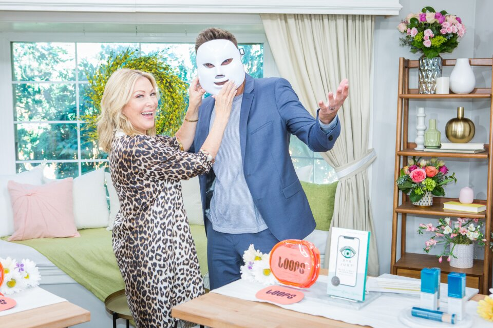 Home and Family 9075 Final Photo Assets