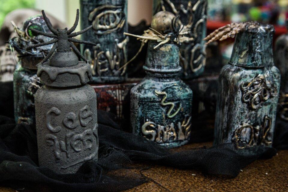 hf4017-product-jars.jpg