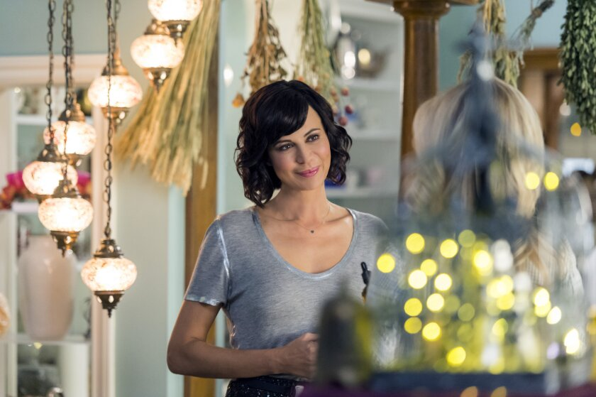 Goodwitch_2_EP_203_1395r.jpg