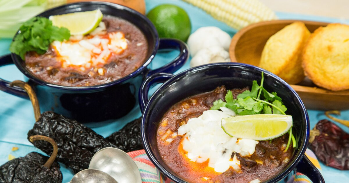 Recipes Home Family Texas Style Chili With Sweet Cornbread