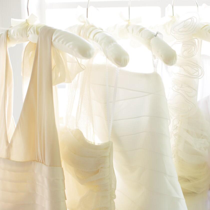 bridal-shower-etiquette.jpg
