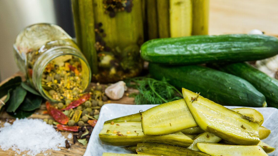 hf4131-product-pickles.jpg