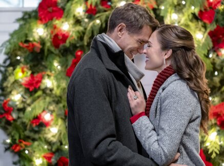 Miracle Of Christmas 2020 First Look   Miracles of Christmas 2020