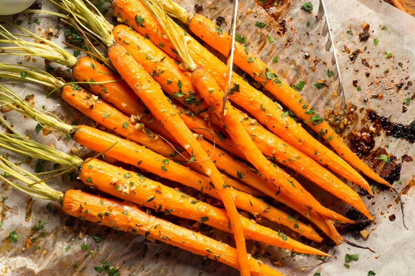 Orange-Balsamic-Roasted-Carrots-1000x667.jpg
