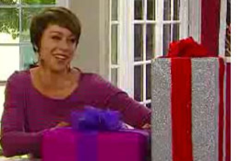 Image: http://images.crownmediadev.com/episodes/Medias/RichText/Paiges-Holiday-Picks-segment-Ep033.jpg