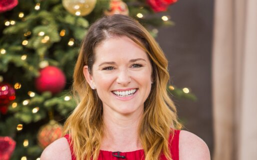 Sarah Drew Home and Family 9008