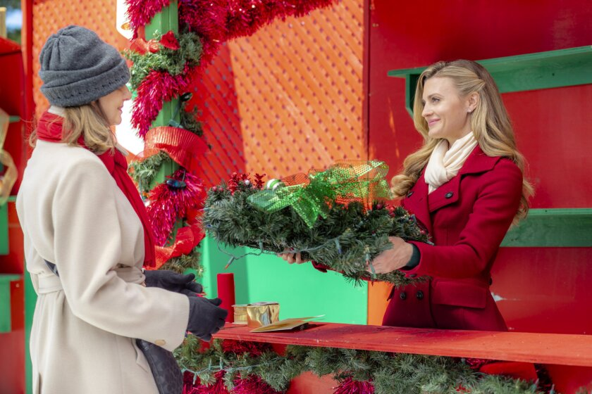 Photos from Christmas in Love - 8