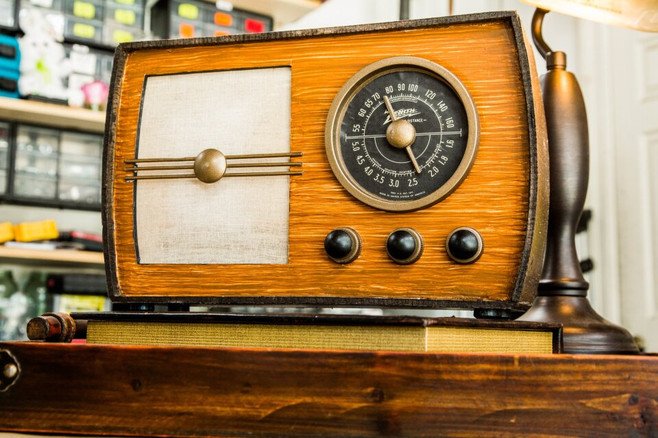 product-radio.jpg