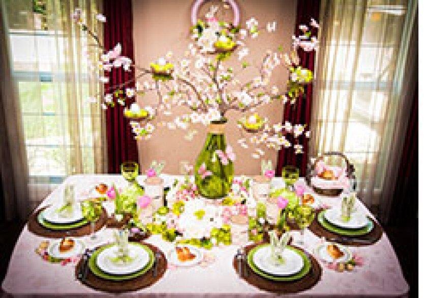 Image: http://images.crownmediadev.com/episodes/Medias/RichText/Segment--Easter-Tablescape.jpg