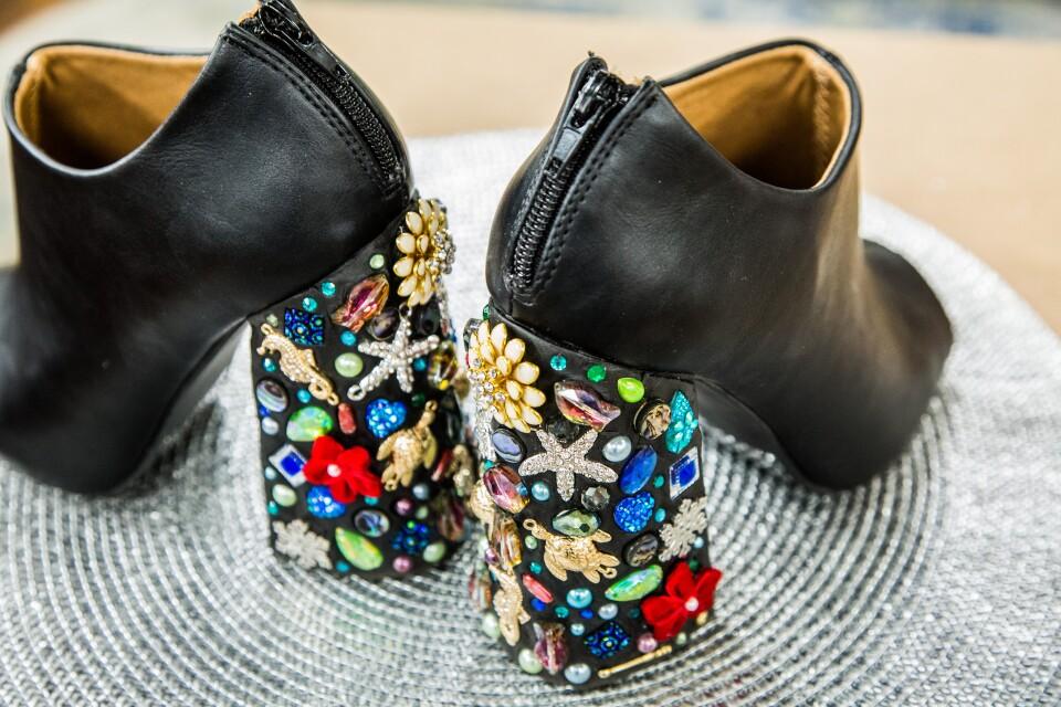 hf5051-product-heels.jpg