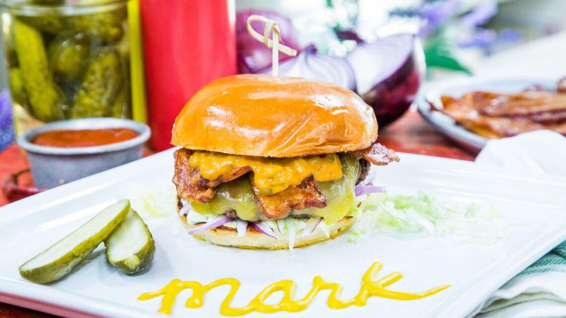 hf6129-product-burger.jpg