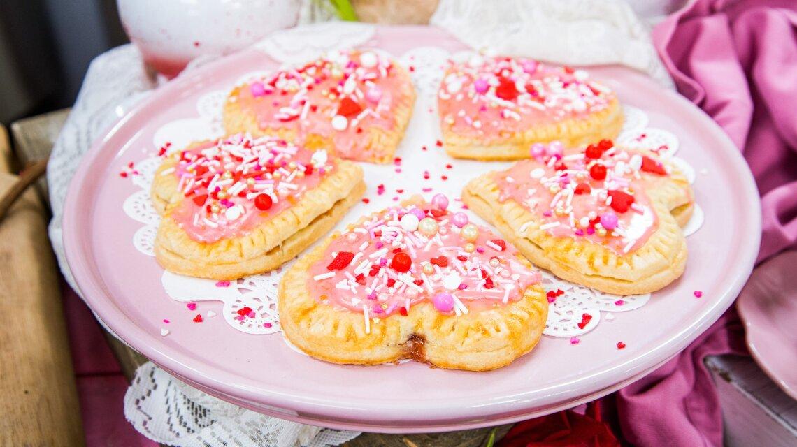 Strawberry Blood-Orange Heart Shaped Hand Pies