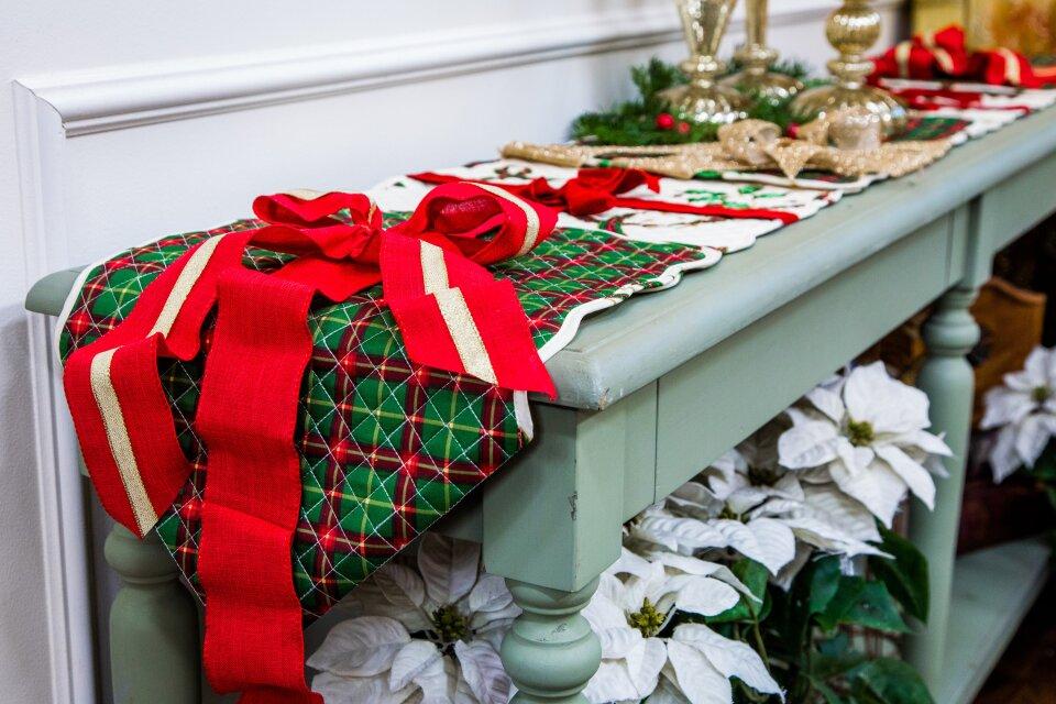 Orly Shani's DIY Christmas Table Runner