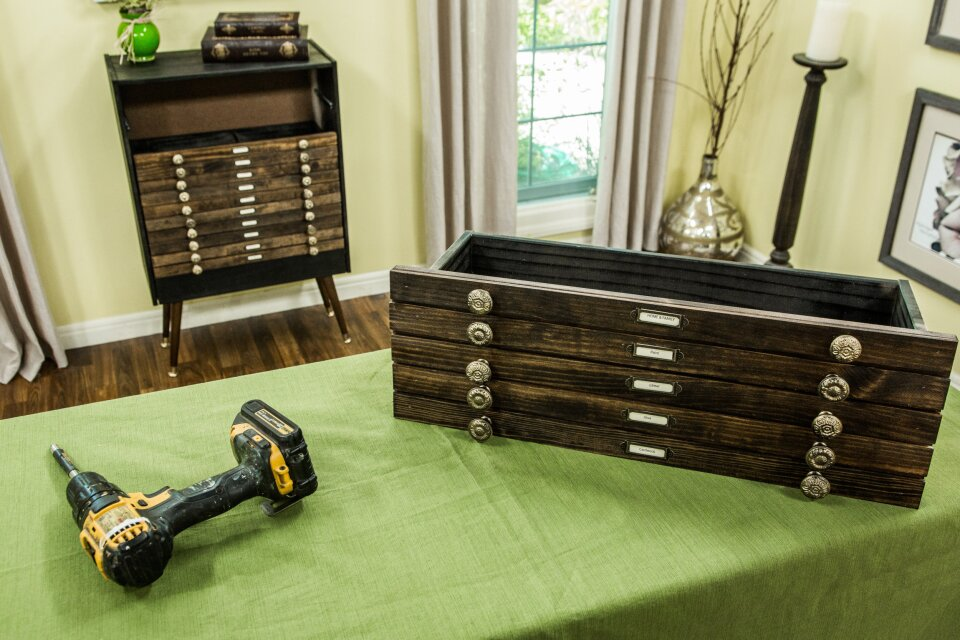 hf4170-product-dresser.jpg