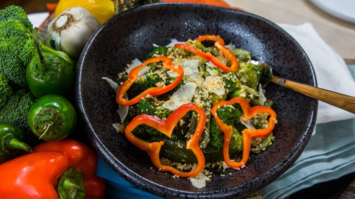 Shrimp Cakes with Broccoli Caesar