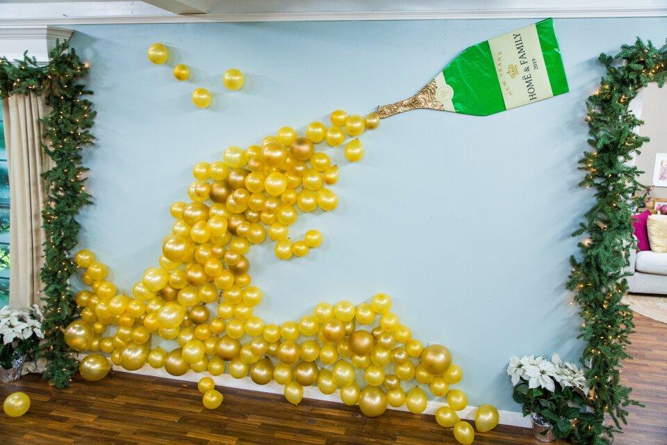 DIY Champagne Balloon Wall Decor