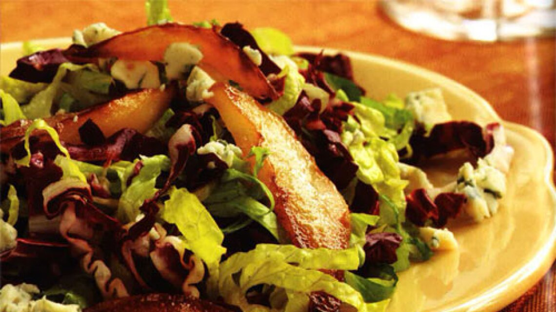 green-salad-with-raosted-pear-cc-recipe.jpg