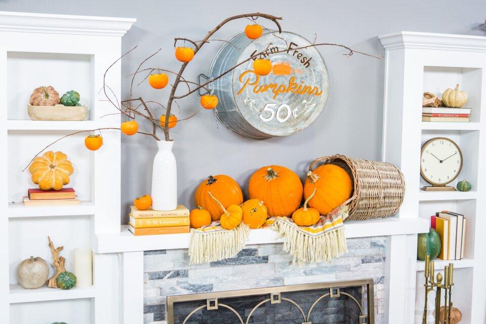 DIY Pumpkin Fall Mantlescape
