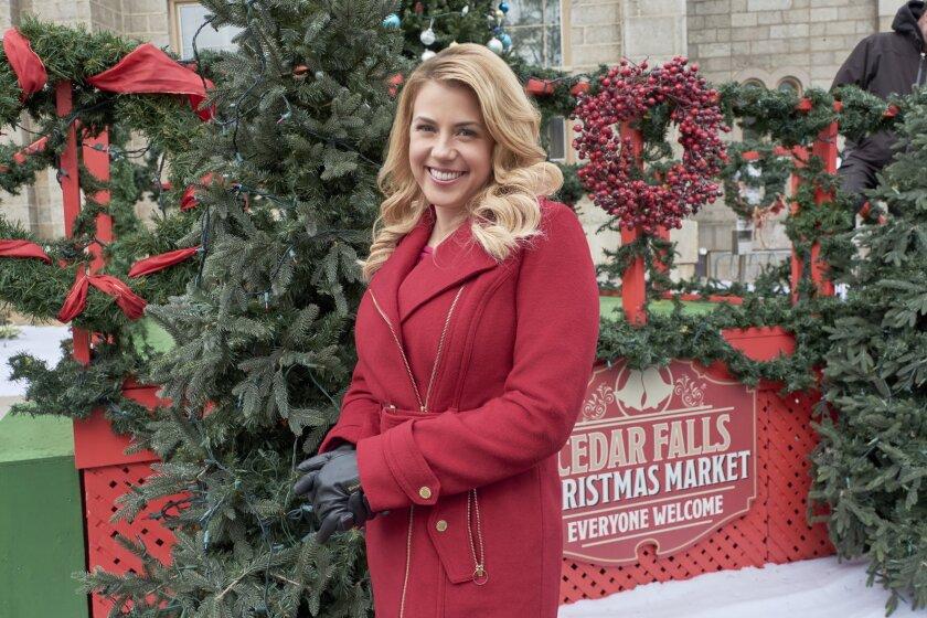 Countdown to Christmas Preview - Entertaining Christmas