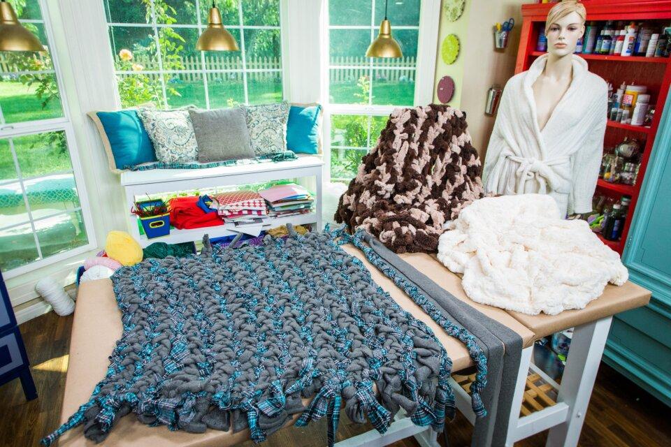 DIY Braid Blanket