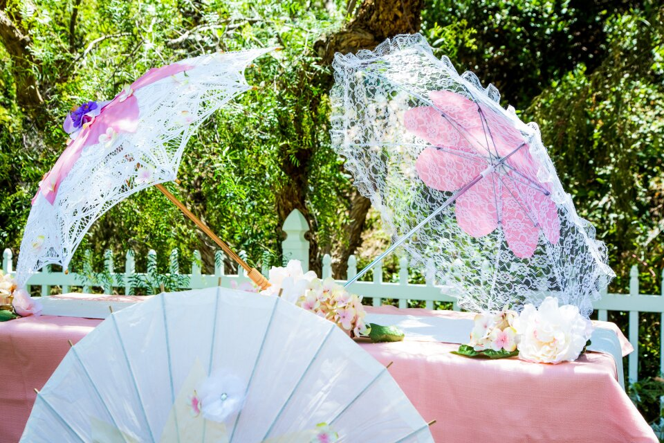 DIY Floral Parasols