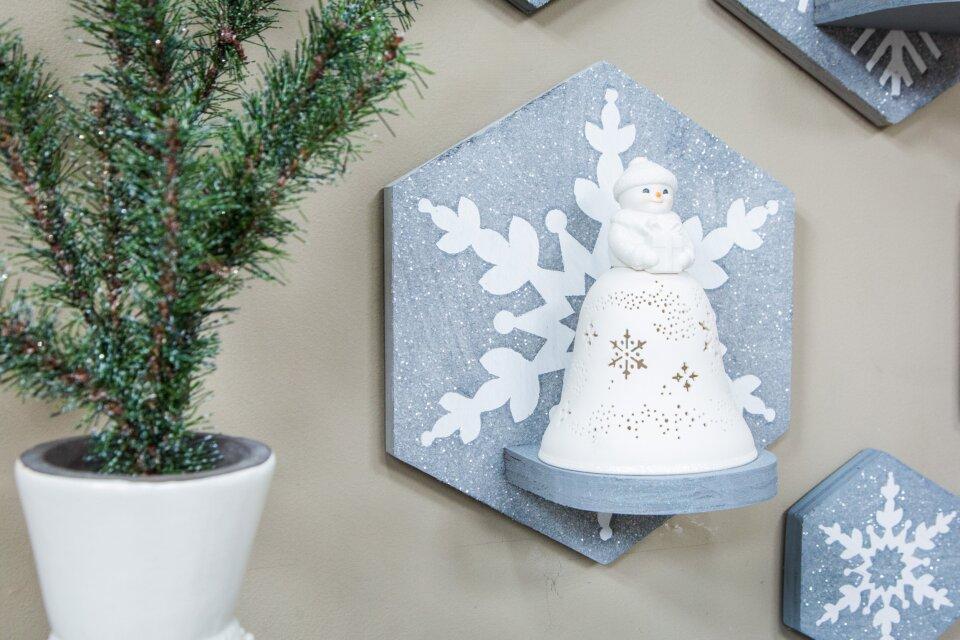 Snowmen Bell Choir Display