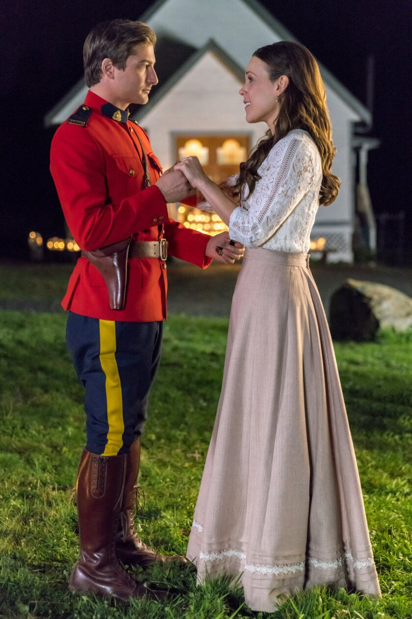 When Calls the Heart - Season 4 Episode 6 - My Heart Will Go On - Hallmark Channel (9).jpg