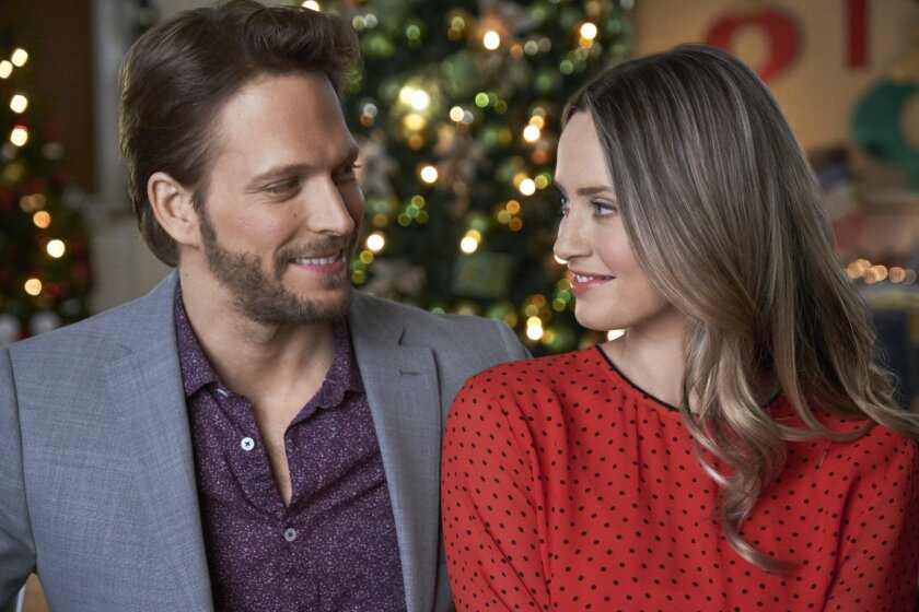 Countdown to Christmas Preview - Picture a Perfect Christmas