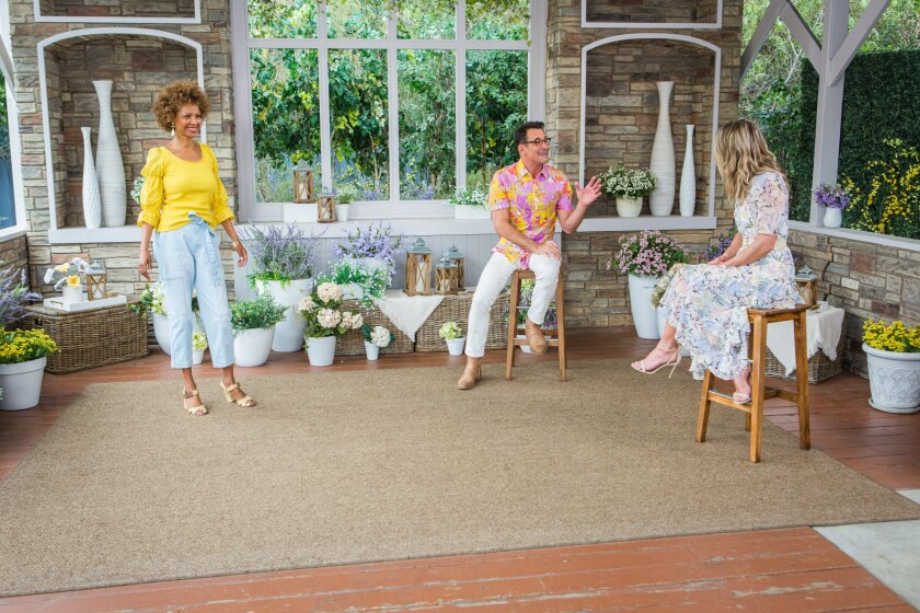 Home and Family 9126 Final Photo Assets